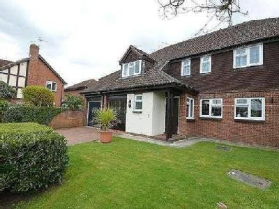 House for sale, Cabot Close - Garden