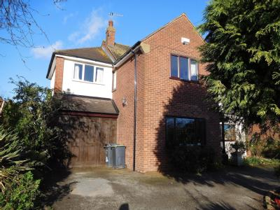 House for sale, Birling Road - Lift
