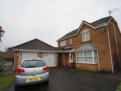 House for sale, Axholme Court - Patio