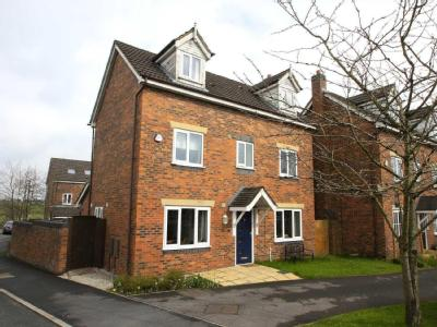 House for sale, Owsten Court - Patio
