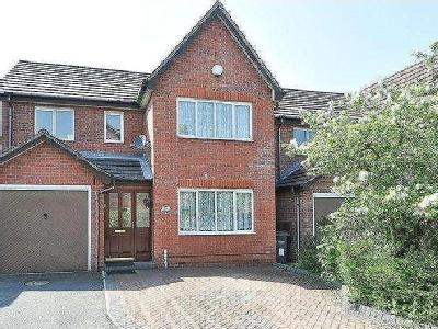 House for sale, Foxes Meadow - Garden