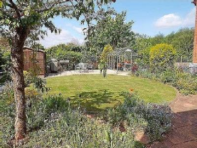 House for sale, Cherry Close - Garden