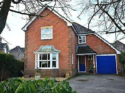 House for sale, Withy Close - Garden
