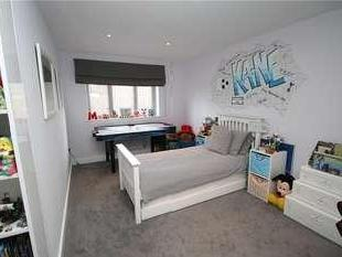 House for sale, Woodcote Close