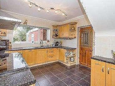 House for sale, River Way - Reception