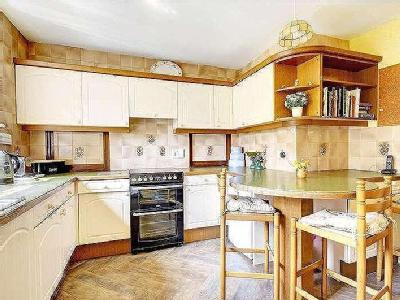 House for sale, Manton Hollow