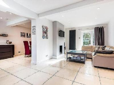 House for sale, Witney - Fireplace