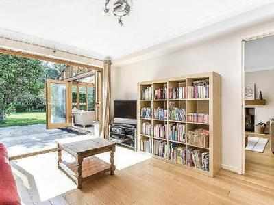 House for sale, Witney - Patio