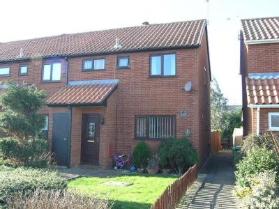 House to rent, Birkdale - Garden