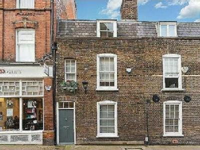 Flat for sale, Perrins Lane - Listed