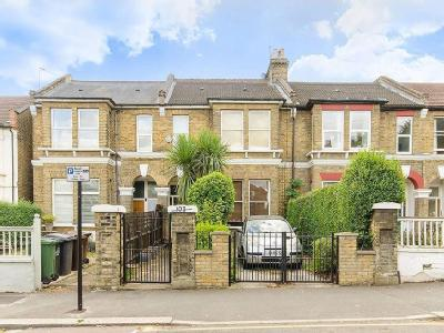 House for sale, Wallwood Road