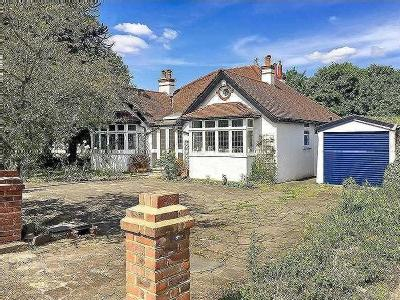 Property for sale, Woodcote Road