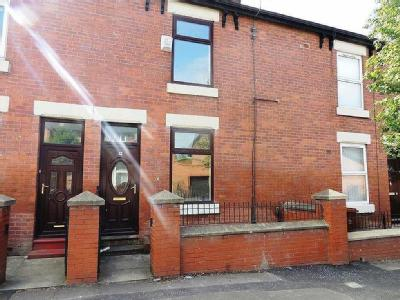 Flat for sale, Wheler Street