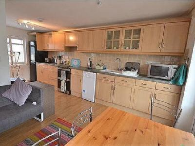 House to let, Sheridan Road - Garden