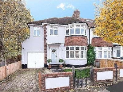 House to let, Clive Road - Garden