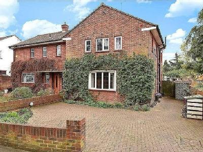 House for sale, Church Road - Patio