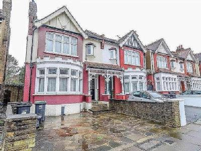 House for sale, Derwent Road