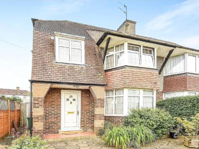 House for sale, Horley Road - Patio