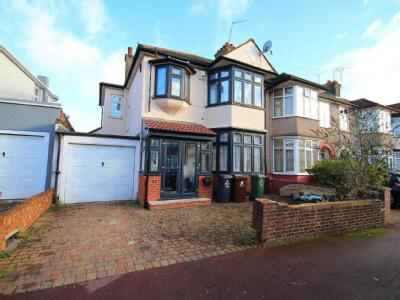 House for sale, Melford Avenue