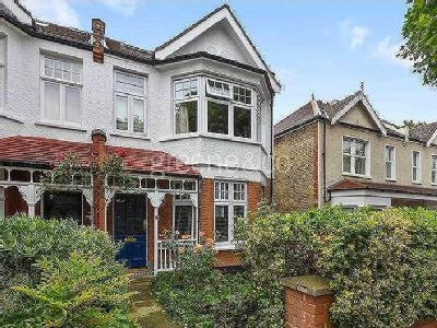 House for sale, Redston Road - Garden