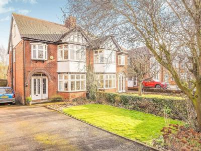 House for sale, Newdigate Road