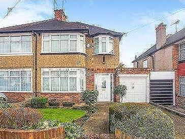House for sale, Waltham Avenue