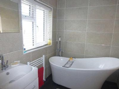 House for sale, Ivers Way - Patio