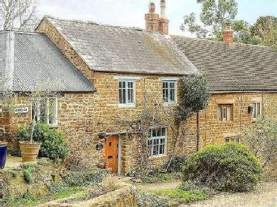 House for sale, Bakers Lane - Cottage