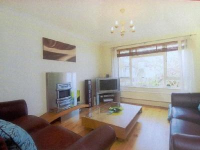 Grand Walk, Solebay Street, Mile End, London, Greater London, E1, E1, London