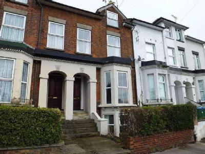 Tring Road - Double Bedroom, Parking