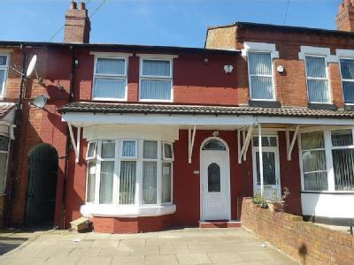 House to rent, Mansel Road - Terraced