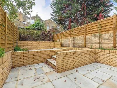 House for sale, Beatty Road - Garden