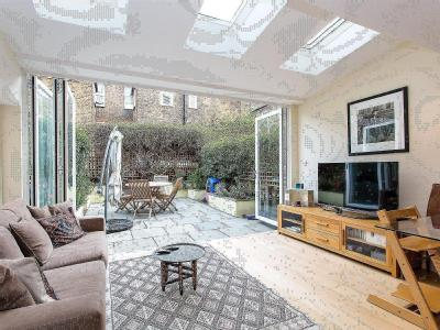 Anselm Road - Double Bedroom, Garden