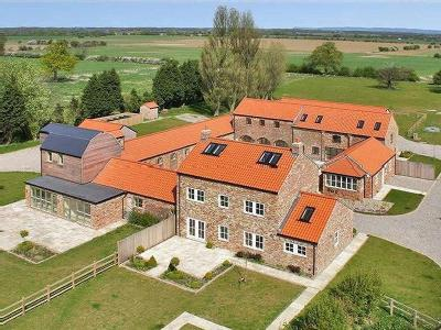 WILSTROP LODGE FARM, NEAR MOOR MONKTON, YO26
