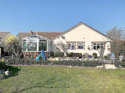 Substantial Bungalow In Chickerell