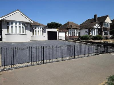 Wood View, Grays RM16 - Bungalow