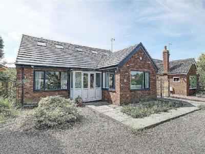 Cottrell Road, Hale Barns, Cheshire