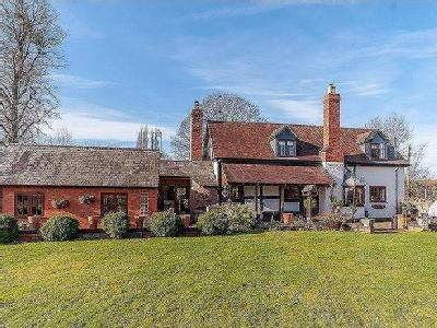 House for sale, BOSBURY - Detached