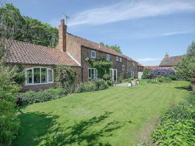 ***STUNNING HOME & BUSINESS***   Low Crankley, Easingwold,