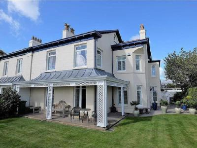 West Beach, Lytham - Double Bedroom