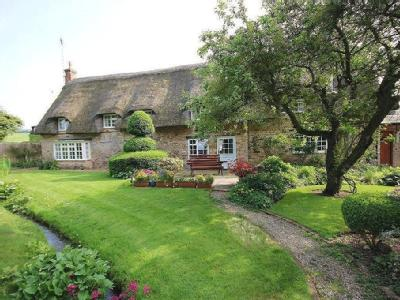 Spacious Cottage with Annex, Harringworth