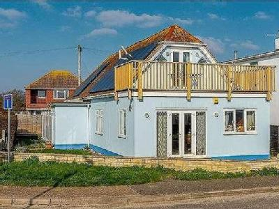 East Beach Road, Selsey, East Beach, Chichester, West Sussex, PO20