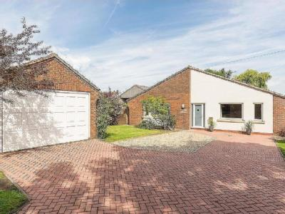 Brackenhill Road, East Lound, Doncaster, DN9