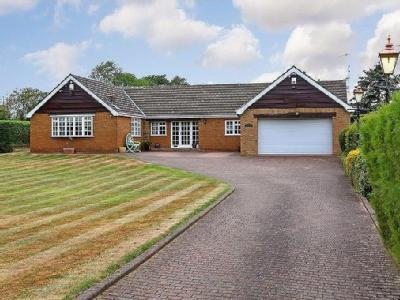 Newstead Lane, Nr. Nostell - Bungalow