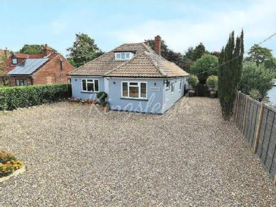 Straight Road, Bradfield, Manningtree, Essex, CO11