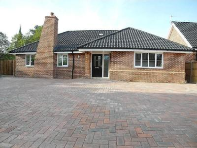 School Road, Earsham, Bungay - Modern