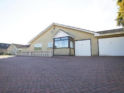 Mansfield Road, Temple Normanton, Chesterfield, S42