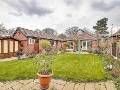 Manor Avenue, Sale, Cheshire, M33