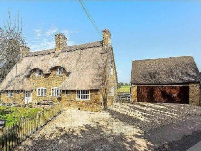 Main Road, Thenford, Banbury, Oxfordshire, OX17