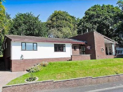 Whinslee Drive, Lostock, Bolton, BL6